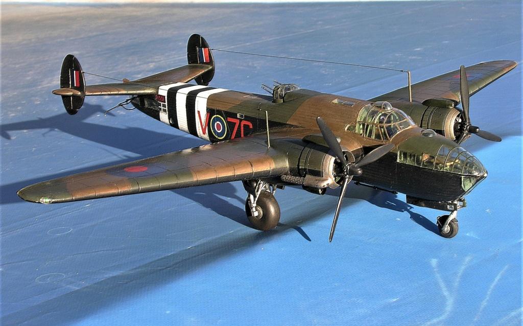 Armstrong Whitworth AW 41 ALBEMARLE 1/48 scratch en bois massif (Projet AA) : photos du modèle fini et historique de sa dernière mission. Emballage pour Expo des 4 & 5 septembre - Page 2 10218