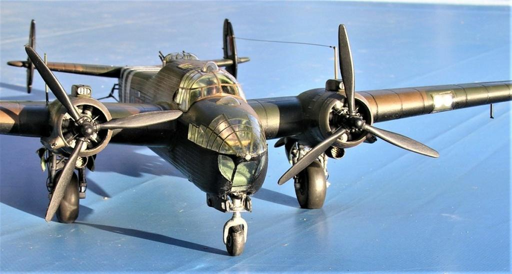 Armstrong Whitworth AW 41 ALBEMARLE 1/48 scratch en bois massif (Projet AA) : photos du modèle fini et historique de sa dernière mission. Emballage pour Expo des 4 & 5 septembre - Page 2 3319
