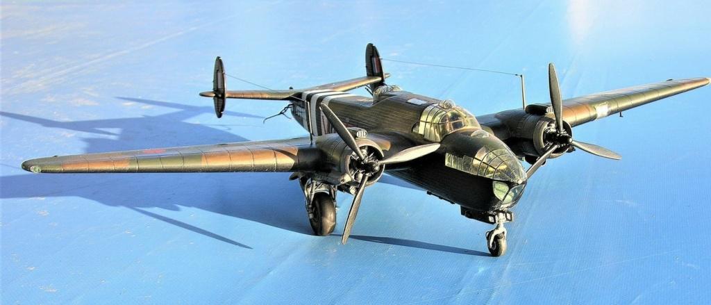 Armstrong Whitworth AW 41 ALBEMARLE 1/48 scratch en bois massif (Projet AA) : photos du modèle fini et historique de sa dernière mission. Emballage pour Expo des 4 & 5 septembre - Page 2 3916