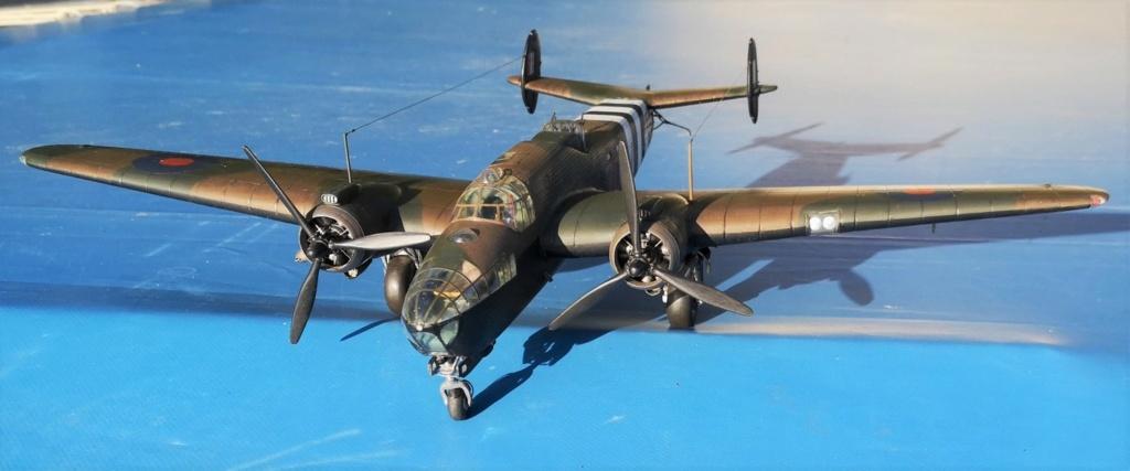 Armstrong Whitworth AW 41 ALBEMARLE 1/48 scratch en bois massif (Projet AA) : photos du modèle fini et historique de sa dernière mission. Emballage pour Expo des 4 & 5 septembre - Page 2 4017