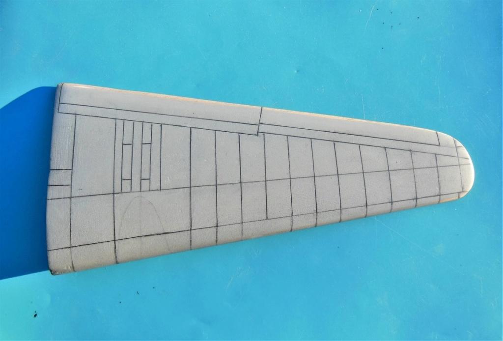 """Armstrong-Whitworth AW 41 """"ALBEMARLE"""" au 1/48 scratch en bois massif (Projet AA): Nacelles moteurs, puits de trains - Page 5 4411"""