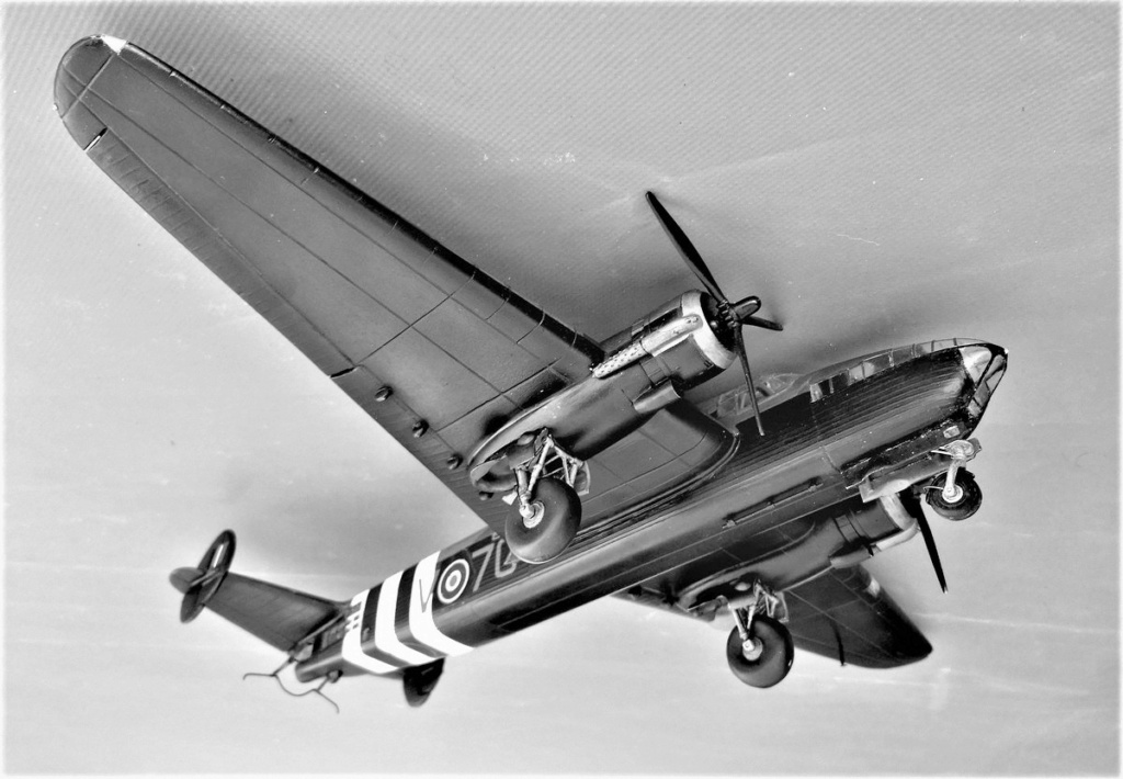 Armstrong Whitworth AW 41 ALBEMARLE 1/48 scratch en bois massif (Projet AA) : photos du modèle fini et historique de sa dernière mission. Emballage pour Expo des 4 & 5 septembre - Page 2 4619