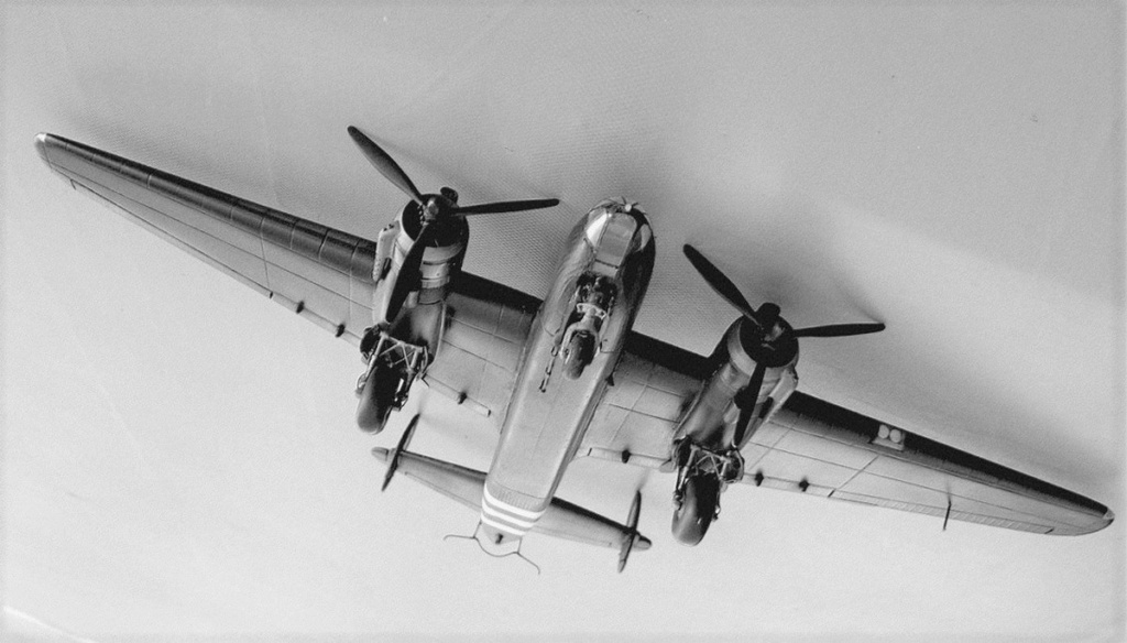 Armstrong Whitworth AW 41 ALBEMARLE 1/48 scratch en bois massif (Projet AA) : photos du modèle fini et historique de sa dernière mission. Emballage pour Expo des 4 & 5 septembre - Page 2 5017