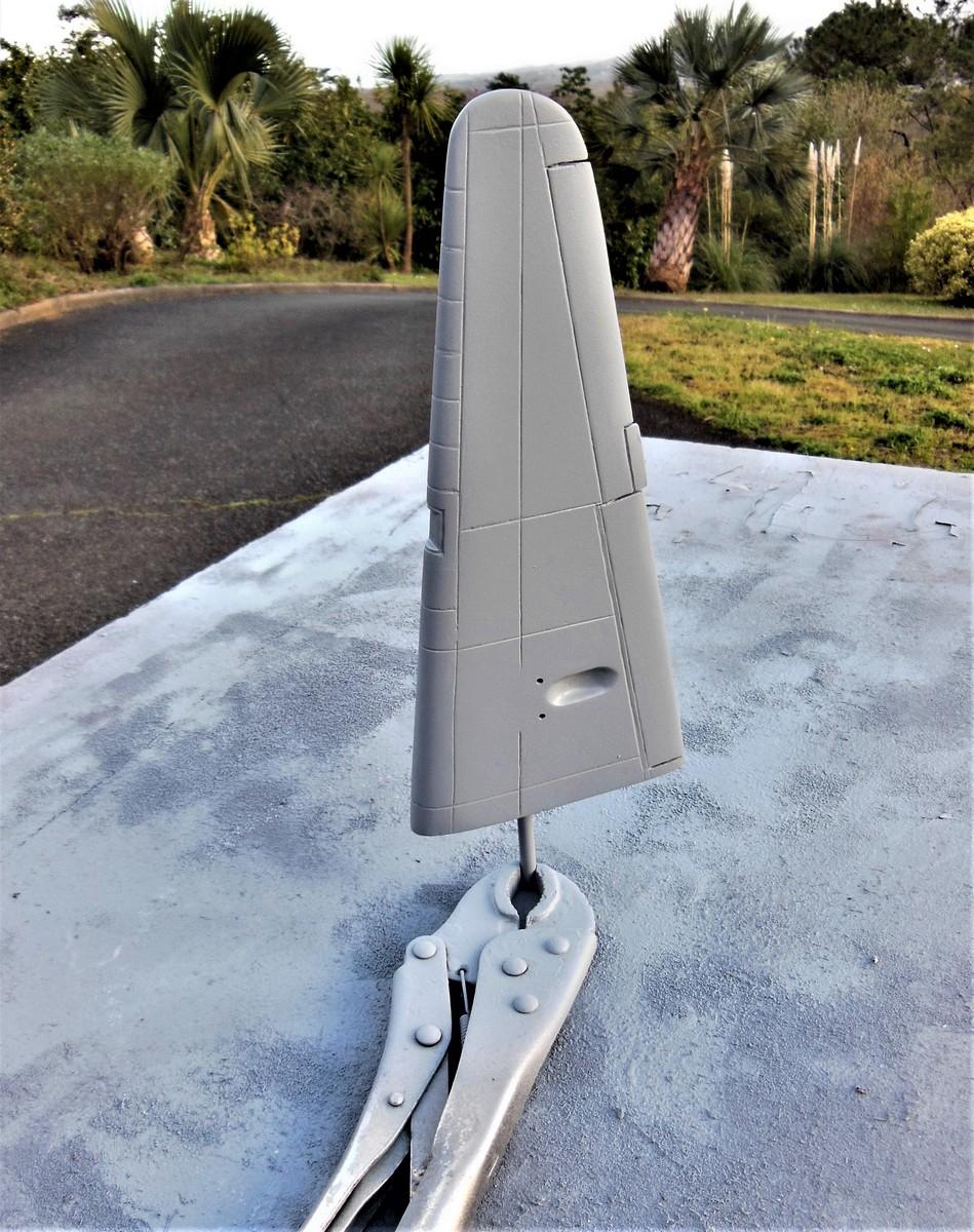 """Armstrong-Whitworth AW 41 """"ALBEMARLE"""" au 1/48 scratch en bois massif (Projet AA): Nacelles moteurs, puits de trains - Page 5 5212"""