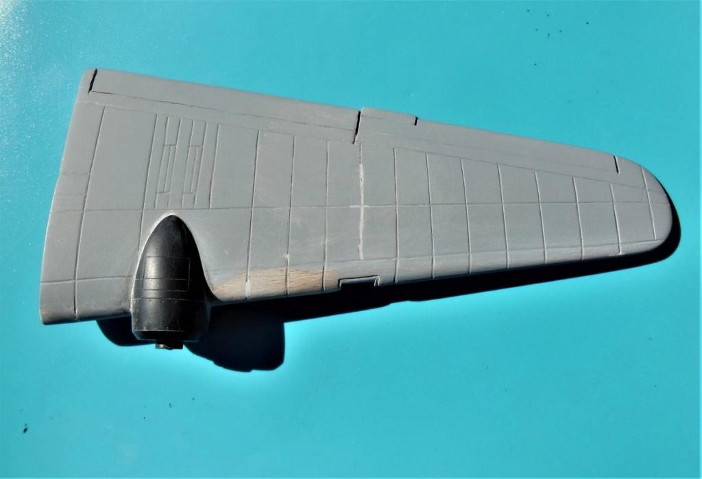"""Armstrong-Whitworth AW 41 """"ALBEMARLE"""" au 1/48 scratch en bois massif (Projet AA): Nacelles moteurs, puits de trains - Page 5 5511"""