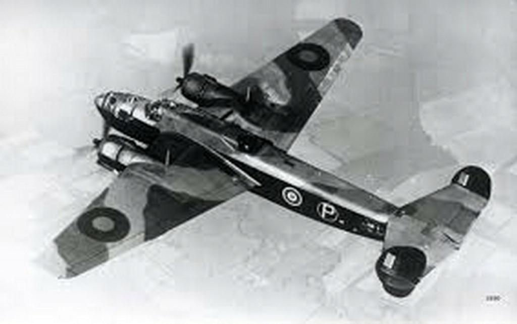 Armstrong Whitworth AW 41 ALBEMARLE 1/48 scratch en bois massif (Projet AA) : photos du modèle fini et historique de sa dernière mission. Emballage pour Expo des 4 & 5 septembre - Page 2 5516