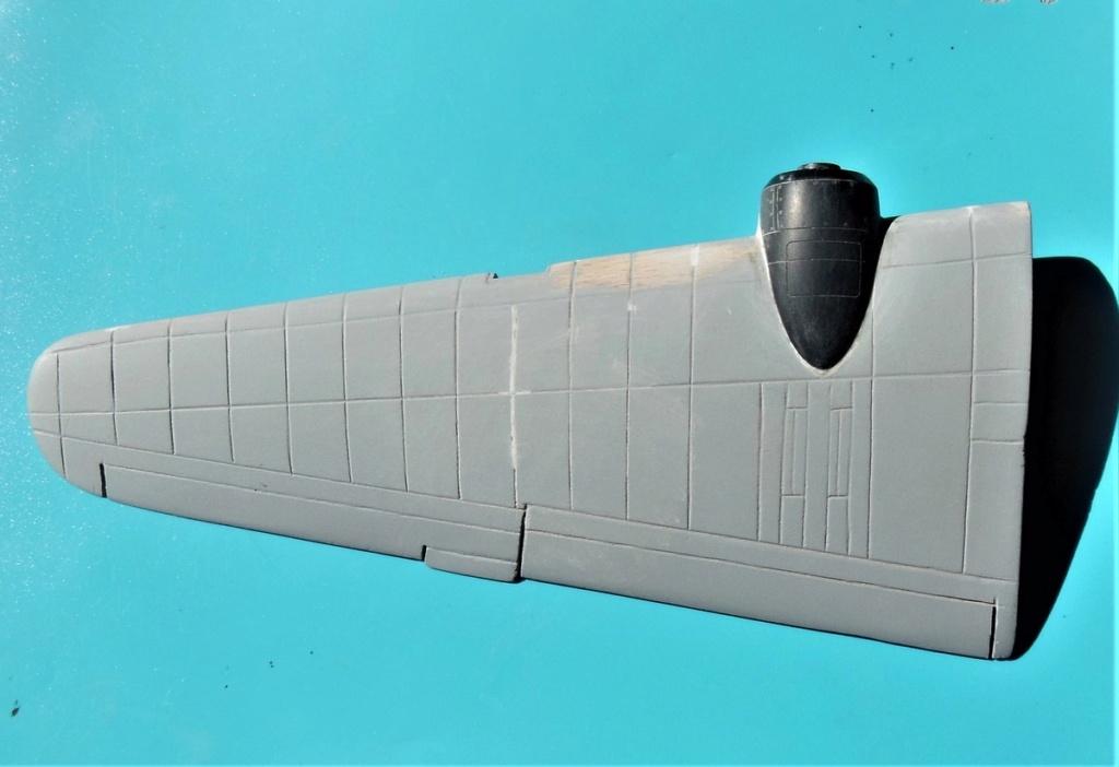 """Armstrong-Whitworth AW 41 """"ALBEMARLE"""" au 1/48 scratch en bois massif (Projet AA): Nacelles moteurs, puits de trains - Page 5 5611"""