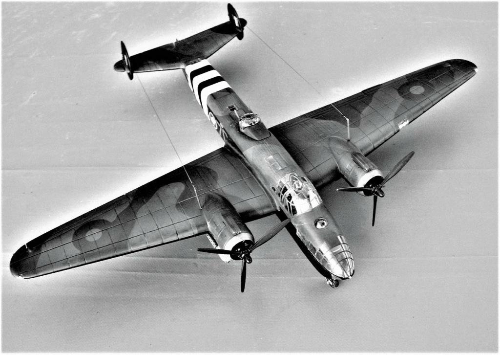 Armstrong Whitworth AW 41 ALBEMARLE 1/48 scratch en bois massif (Projet AA) : photos du modèle fini et historique de sa dernière mission. Emballage pour Expo des 4 & 5 septembre - Page 2 5916