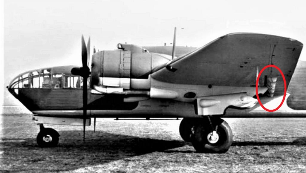 """Armstrong-Whitworth AW 41 """"ALBEMARLE"""" au 1/48 scratch en bois massif (Projet AA): préparation à la peinture - Page 9 8310"""