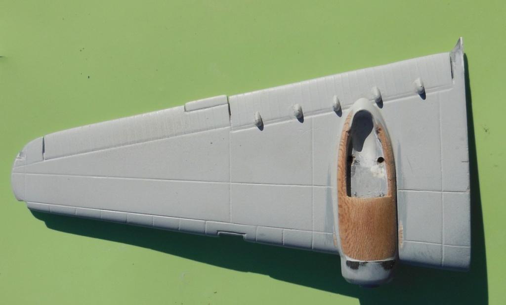 """Armstrong-Whitworth AW 41 """"ALBEMARLE"""" au 1/48 scratch en bois massif (Projet AA): préparation à la peinture - Page 9 9011"""