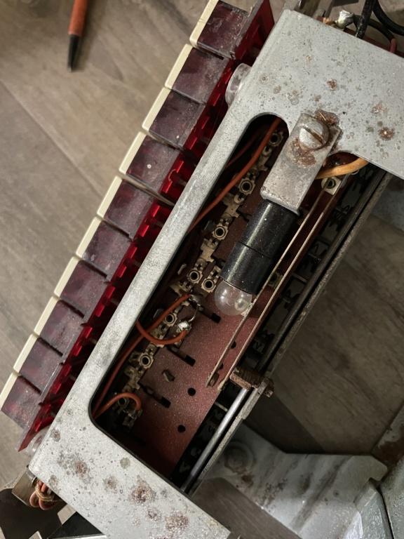 [WIP] Seeburg 3W1 - Wallbox de 1950 - télécommande analogique / numérique  17e25910