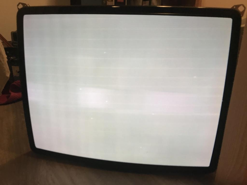 """[WIP] ressusciter écran borne d'arcade Intervideo 28"""" couplé à une platine VP Series de la même marque 24d13310"""