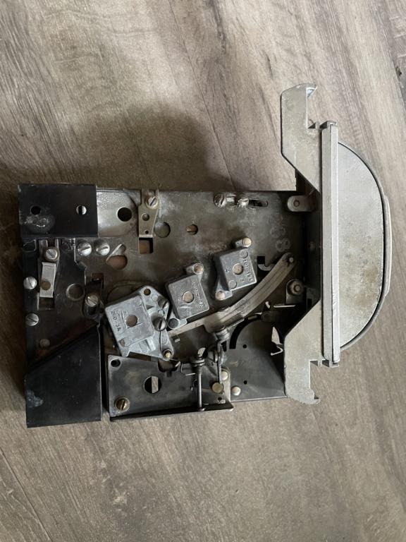 [WIP] Seeburg 3W1 - Wallbox de 1950 - télécommande analogique / numérique  60632710