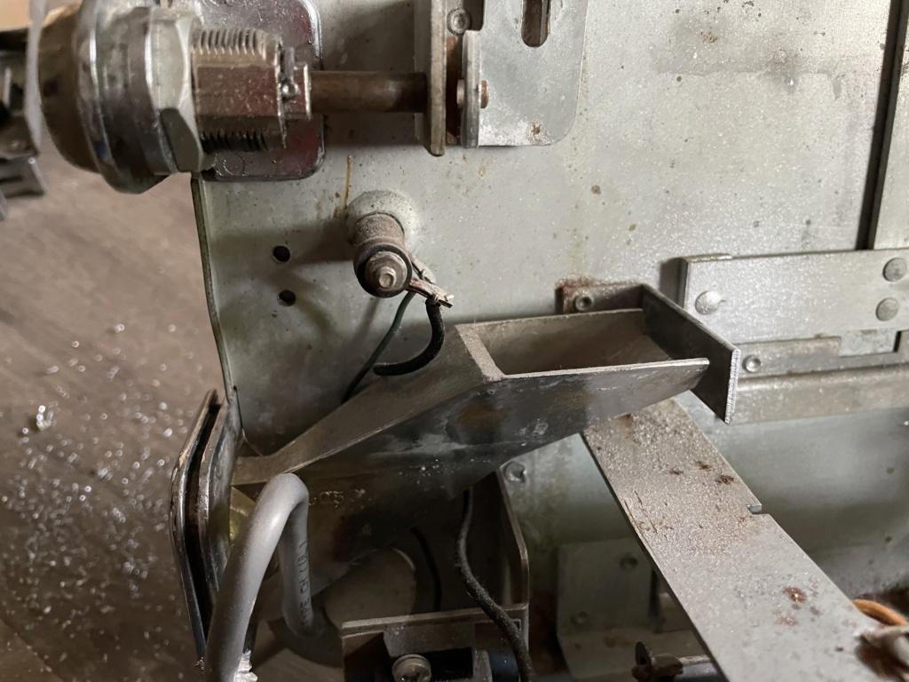 [WIP] Seeburg 3W1 - Wallbox de 1950 - télécommande analogique / numérique  73f44810