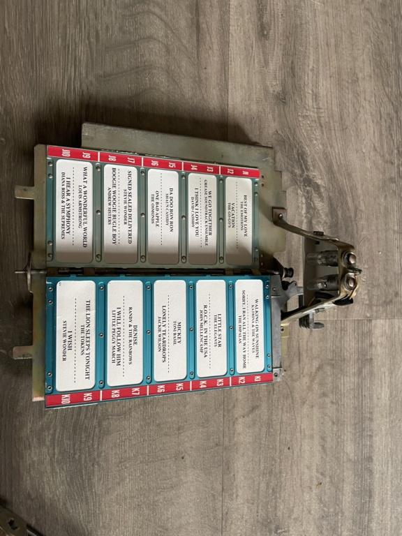 [WIP] Seeburg 3W1 - Wallbox de 1950 - télécommande analogique / numérique  995e1f10