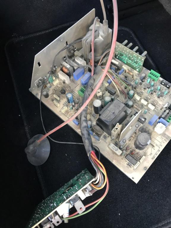 """[WIP] ressusciter écran borne d'arcade Intervideo 28"""" couplé à une platine VP Series de la même marque A6112a10"""