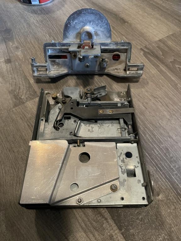 [WIP] Seeburg 3W1 - Wallbox de 1950 - télécommande analogique / numérique  Abb04810