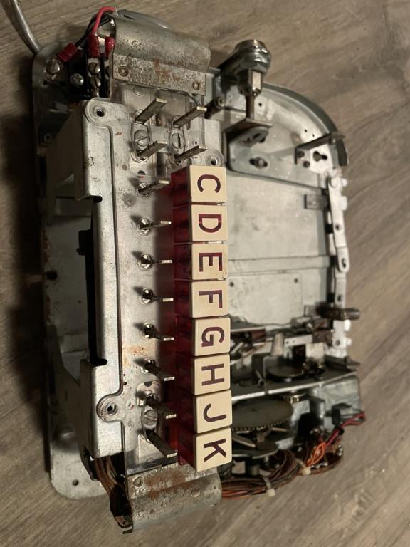 [WIP] Seeburg 3W1 - Wallbox de 1950 - télécommande analogique / numérique  F8072810