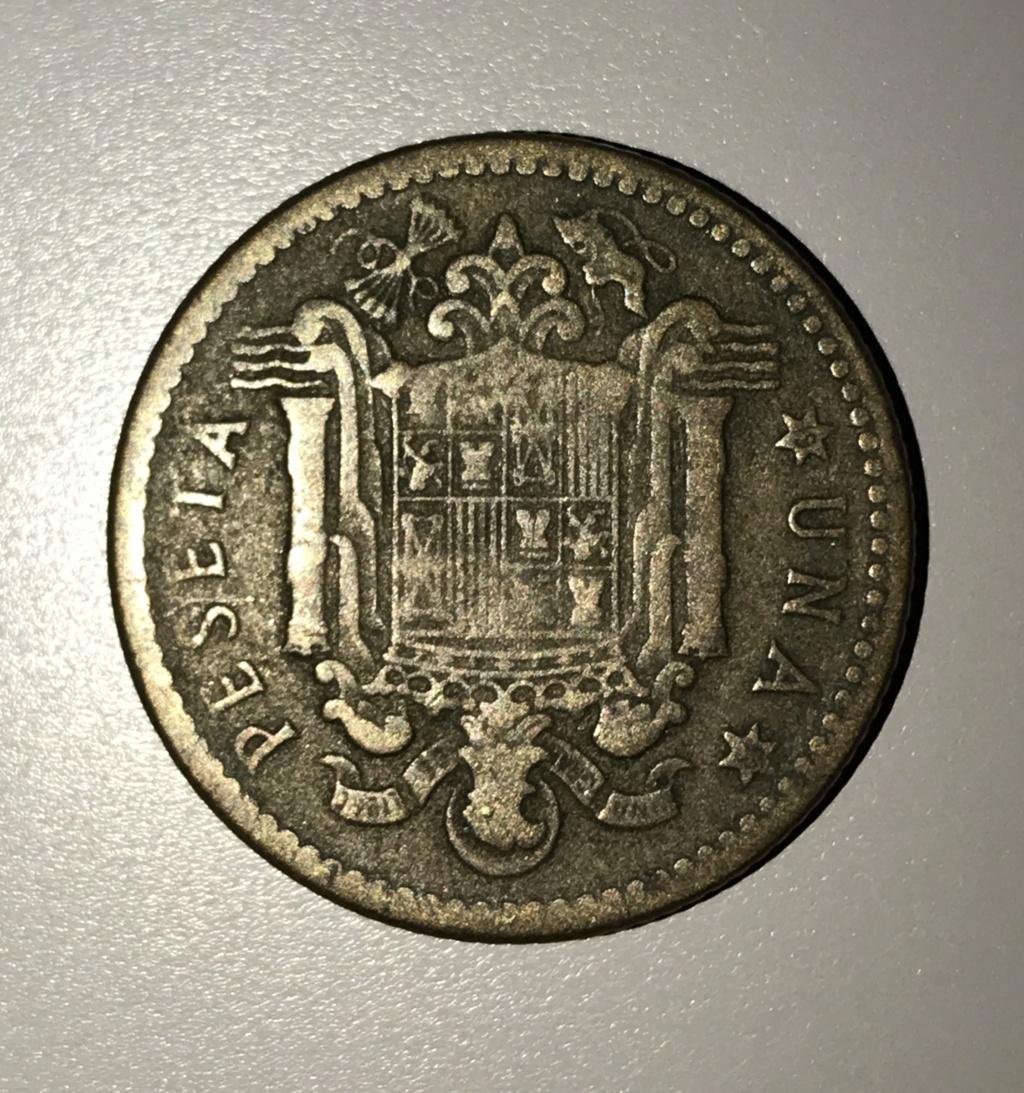 5 pesetas 1949 y 1 peseta 1947, qué valor tienen? Img_2210