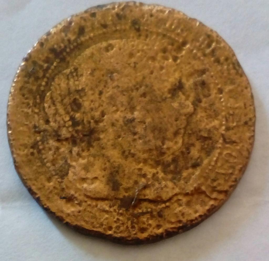 2 y 1/2 céntimo de escudo. 186x. Isabel II. Ayuda 3img_210