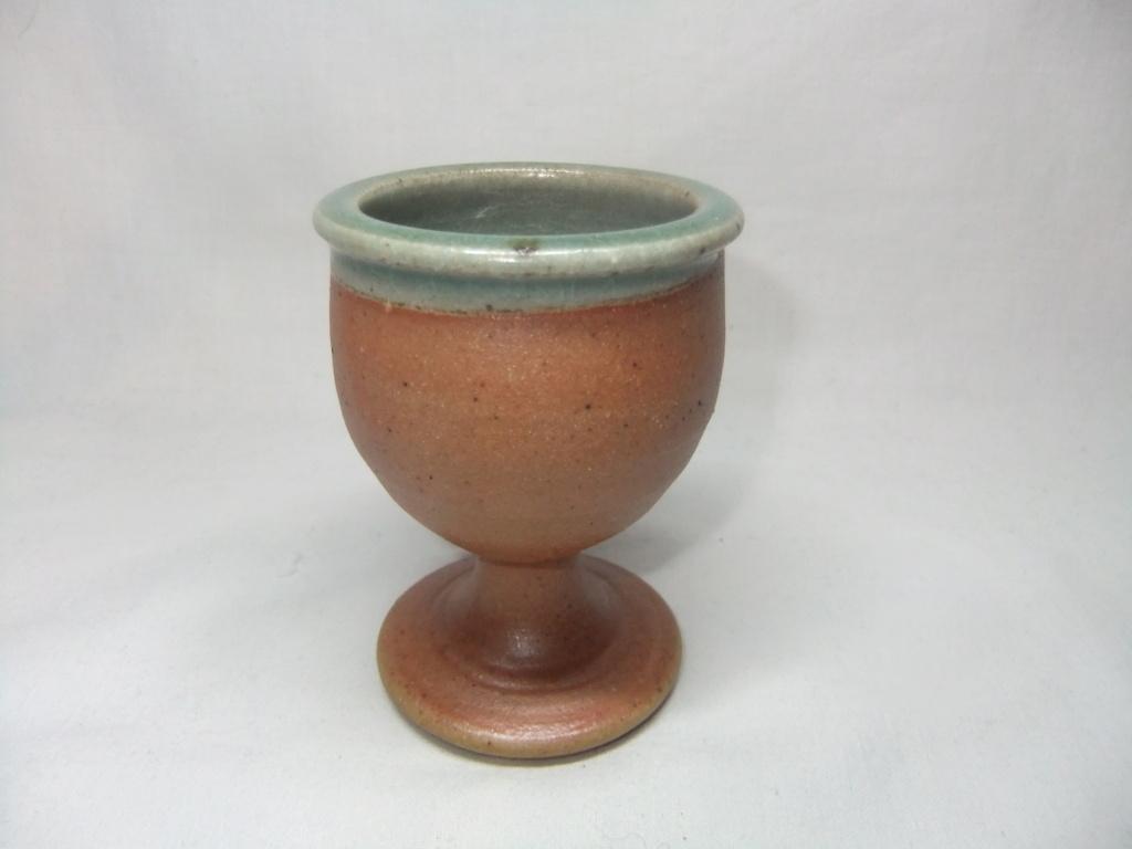 egg cup, FB DG mark - Fred Bramham & Dorothy Gorst Dscf1317