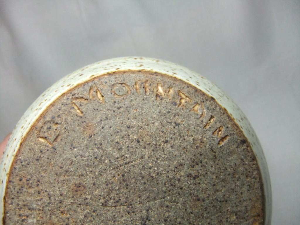 Black Mountain Pottery Wales? Dscf2514