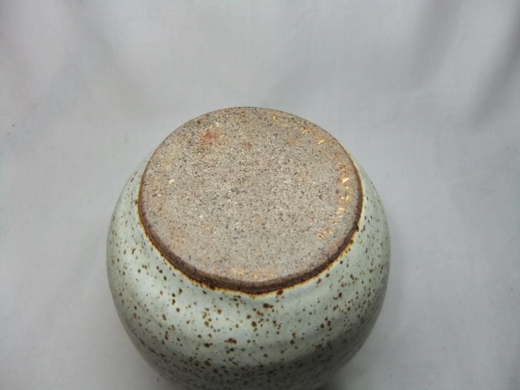 Black Mountain Pottery Wales? Dscf2515
