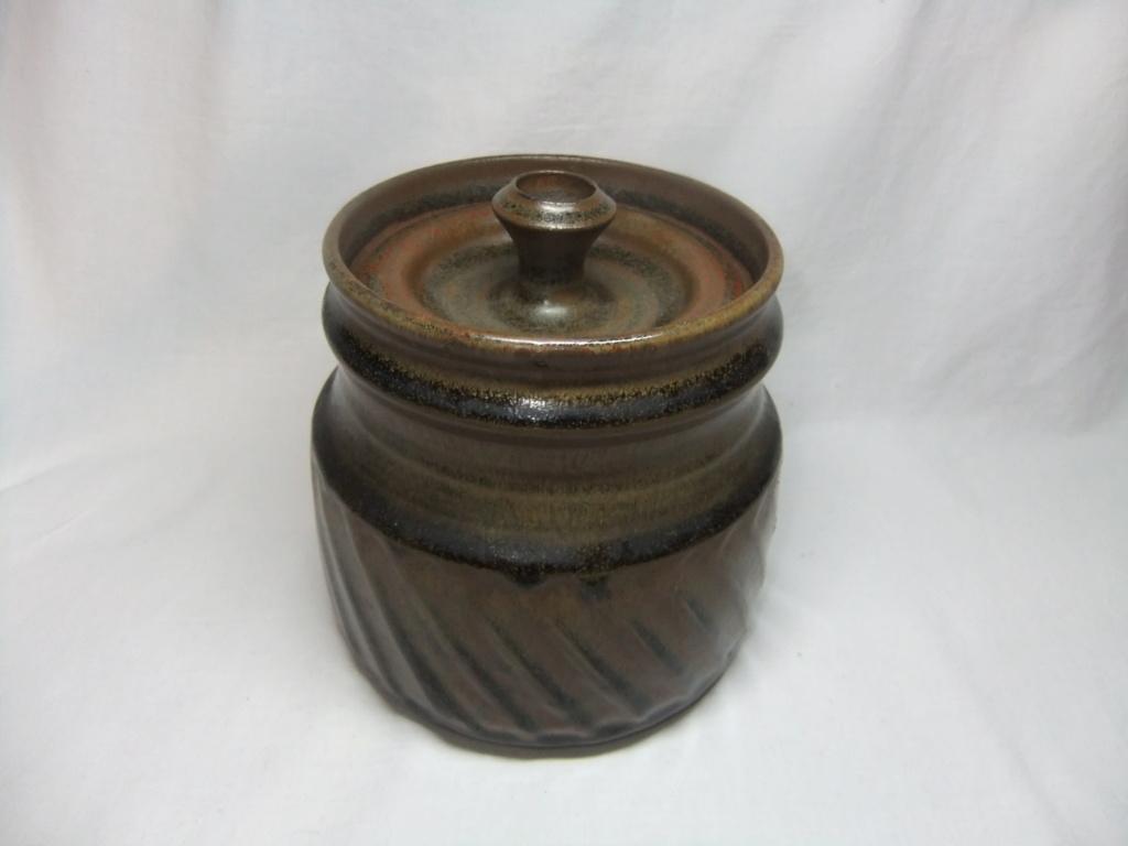 Lidded Pot CJ mark - Jennifer Clarke  Dscf3312
