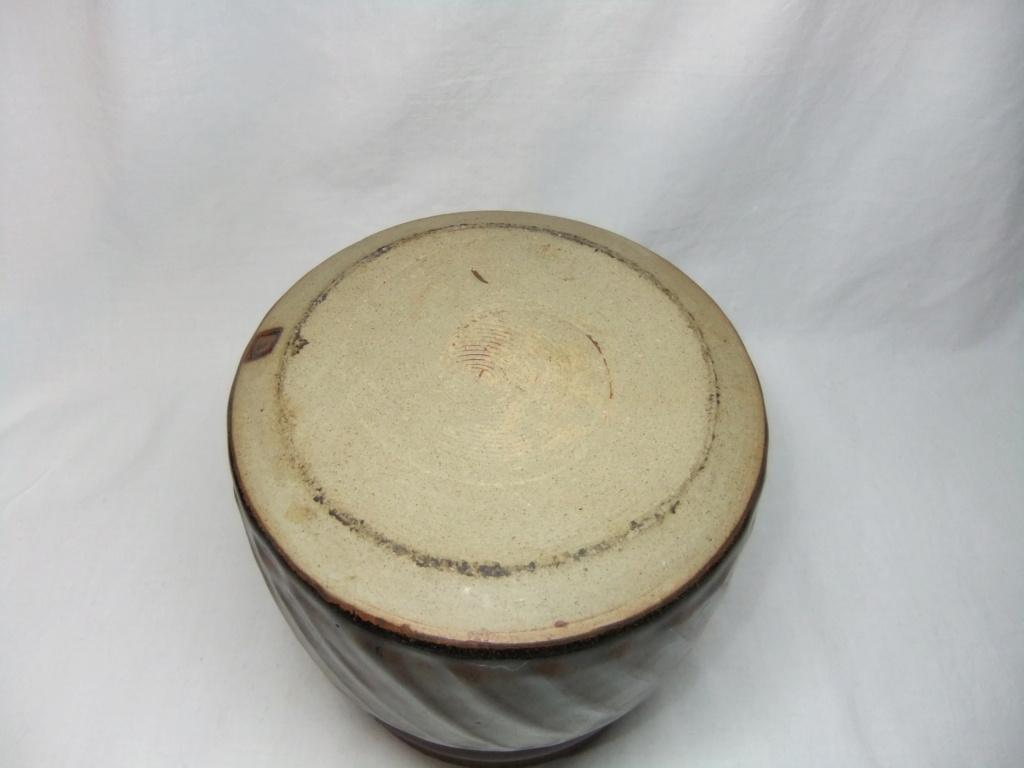 Lidded Pot CJ mark - Jennifer Clarke  Dscf3419