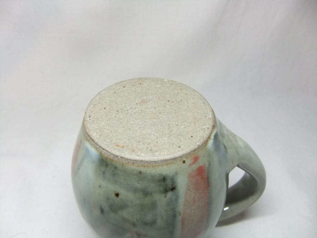 AY mark - Peter Arnold, Alderney Pottery  Dscf6728