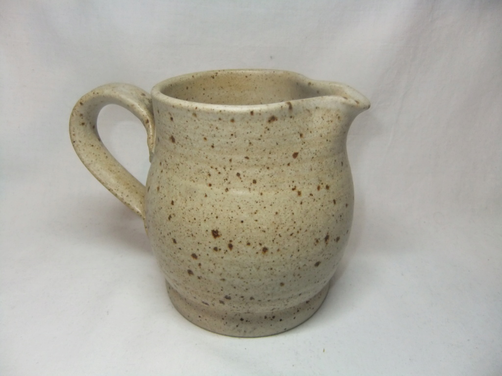 Anyone recognize the mark on this Jug? JG? Dscf6917