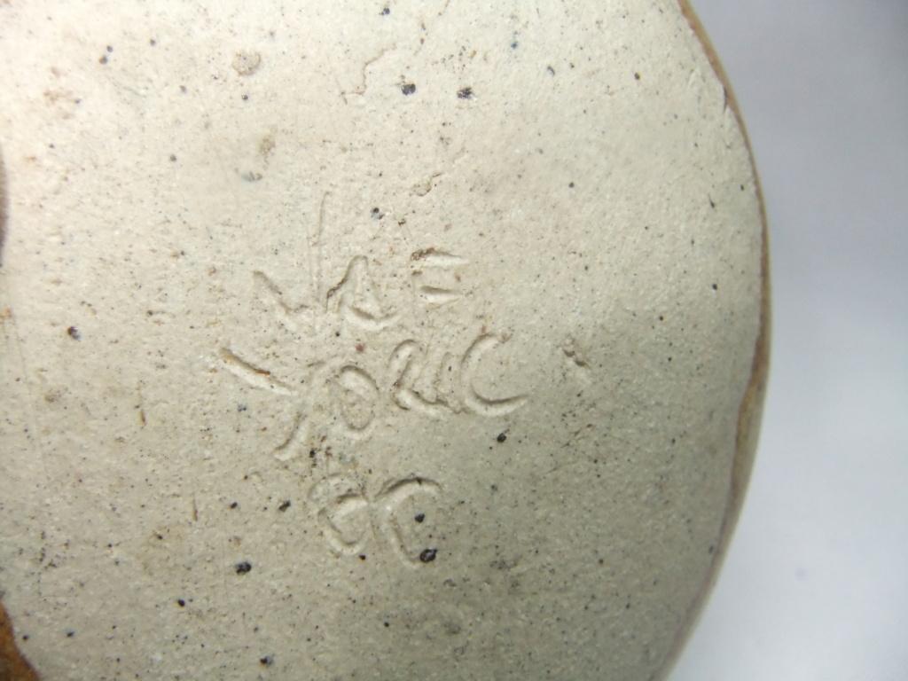 Small Posy Vase, John Froud, Avago Farm Pottery, Huntington, Yorks Dscf8312