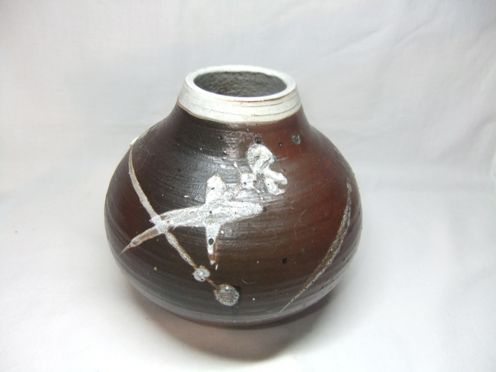 Anyone recognize the mark on this Vase? HP mark Yunk or Yurk? Dscf9710