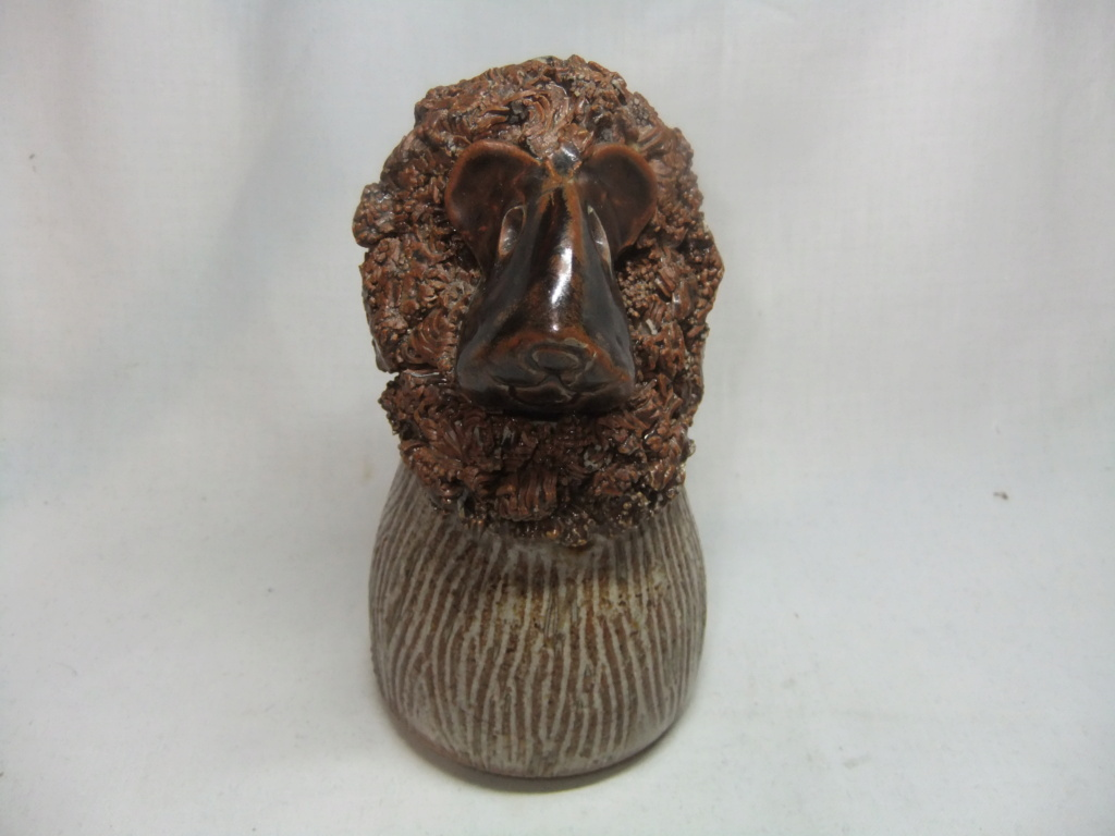 Studio Pottery Lion -  Traquair, Scotland  Dscf9843