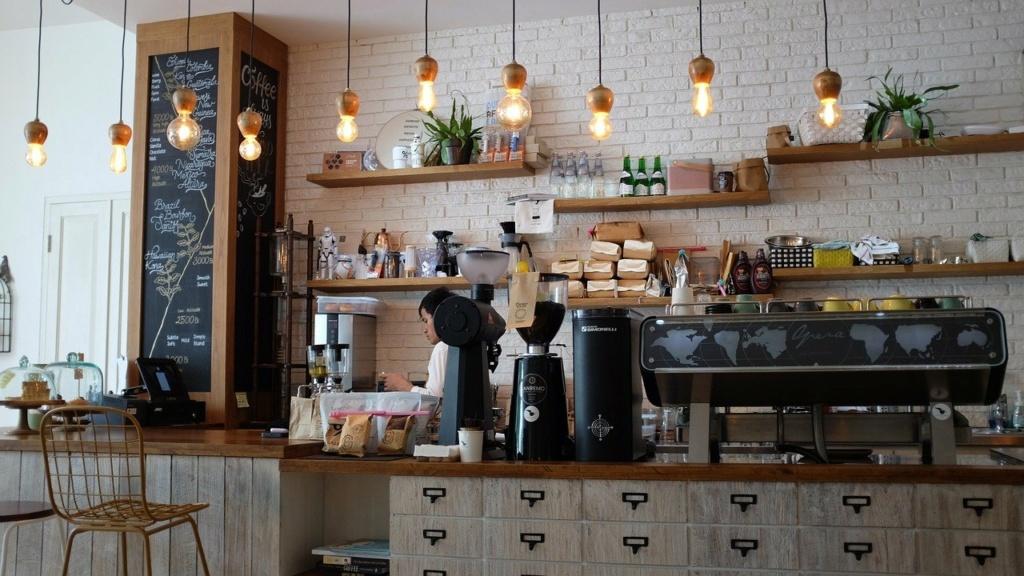 On réserve ! - Unité 1 - Les mots magiques Coffee10