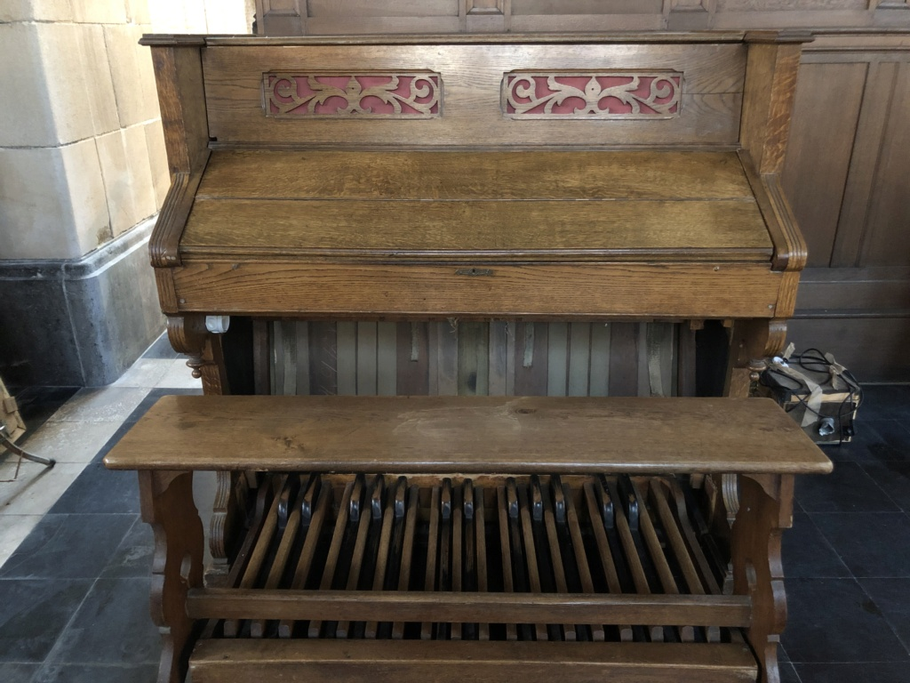 Harmonium Melodian (2 claviers / pédalier) Img_0512