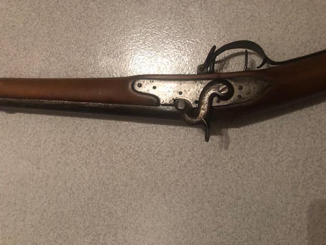 Fusil à poudre noire avec baïonnette Img_6811