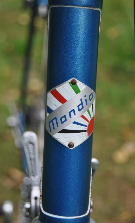 Mondia Dsc_0323