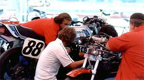 SUPERBIKE== AMA LEGENDS  70/80 - Page 2 Bike_821