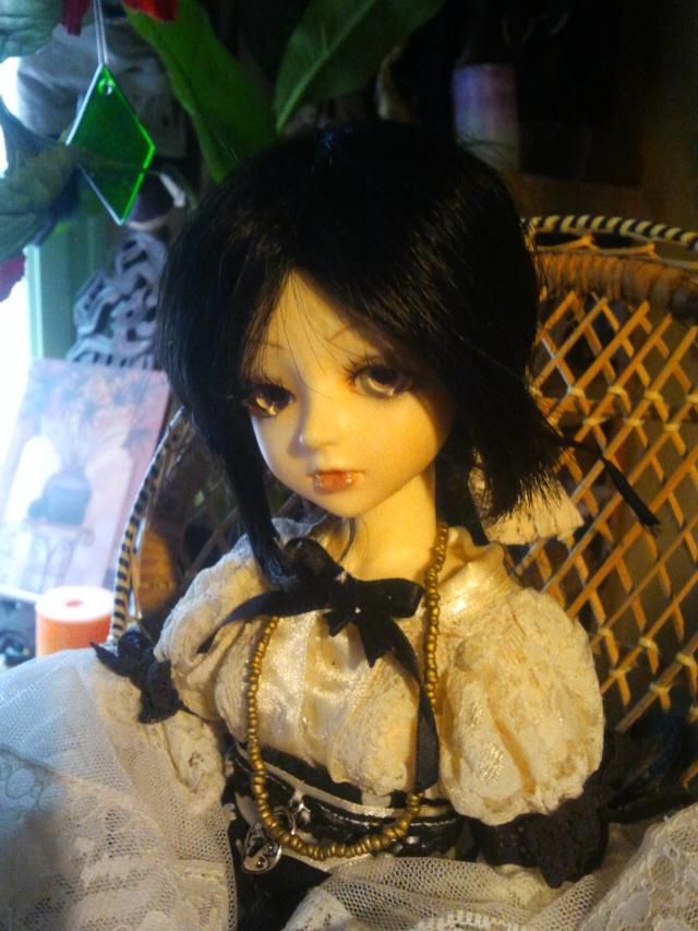 [latidoll cara]Lana,fidele petite vampire p.12! - Page 11 Photo018