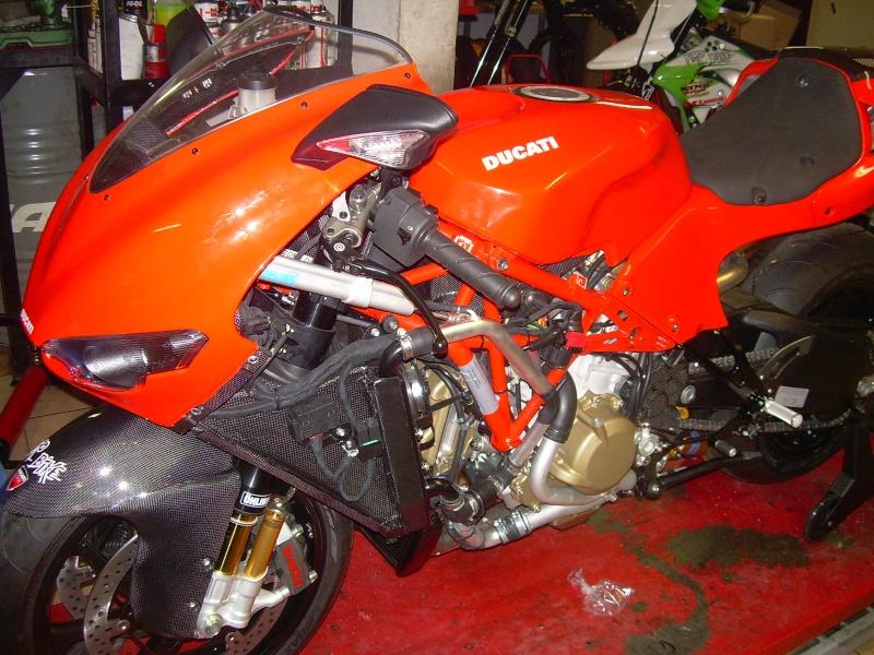 The V4 Ducati. Dscn6841