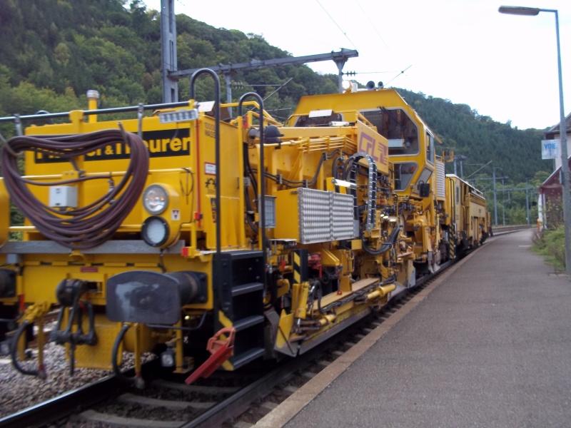 Plasser & Theurer USP 2000 SWS Profileuse - Kibri 16060 DB Bahnbau 100_3510