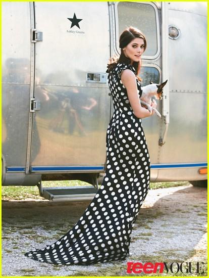 Teen Vogue : Mars 2011 Ashley22