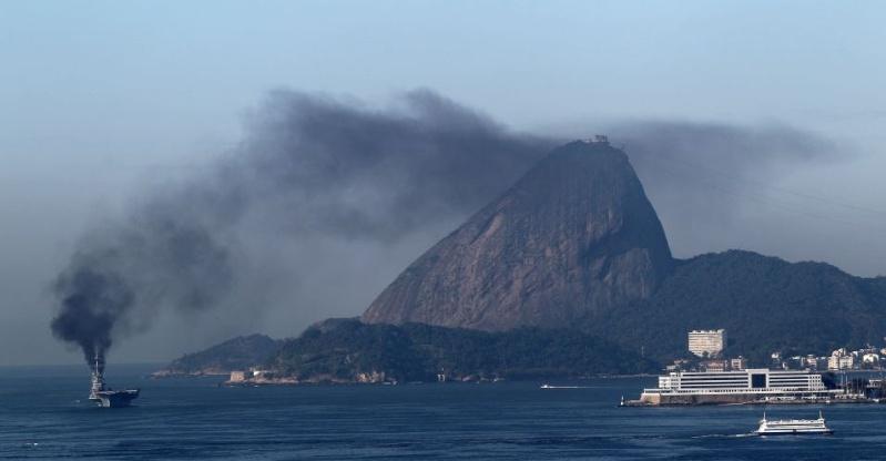 """dans le genre  """" je pollue et cela ne ce voit pas """" Brasil10"""