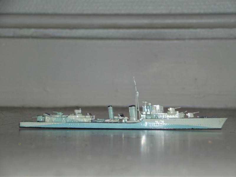 destroyers américains  et britannique au 1/700 Dscf3816