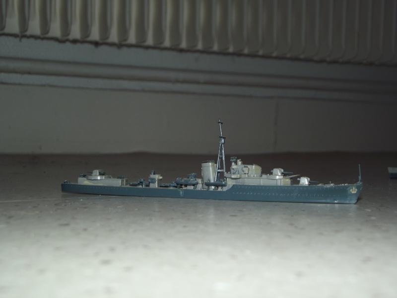 destroyers américains  et britannique au 1/700 Dscf3822