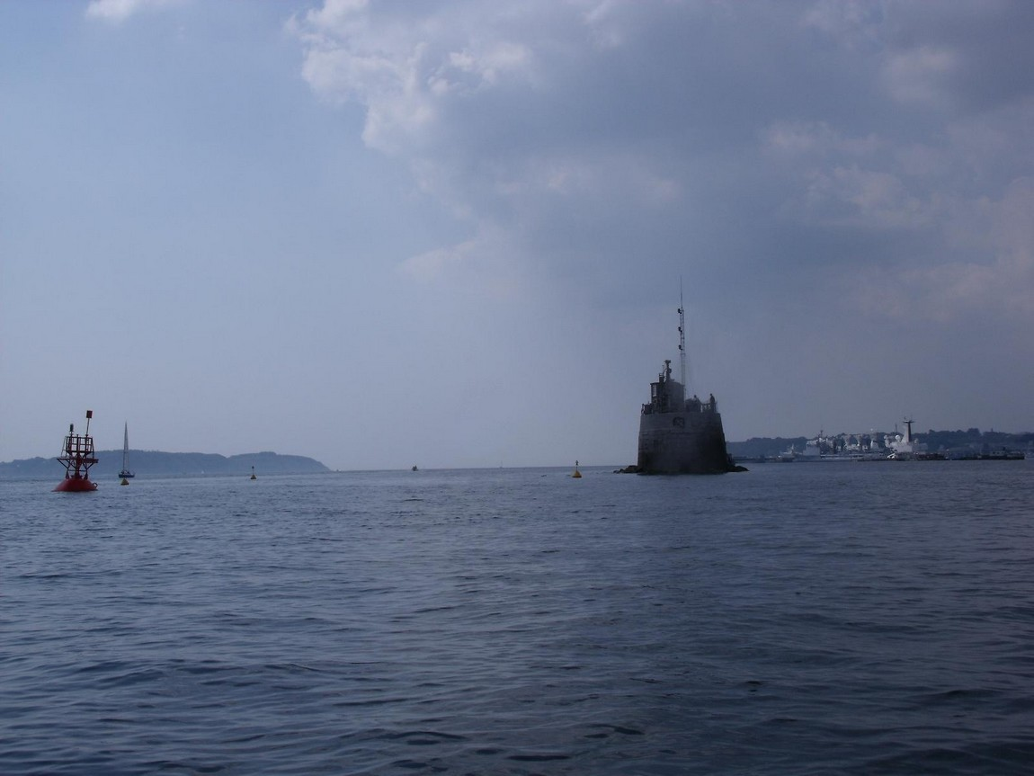 [Les ports militaires de métropole] Port de BREST - TOME 2 - Page 4 Musoir12