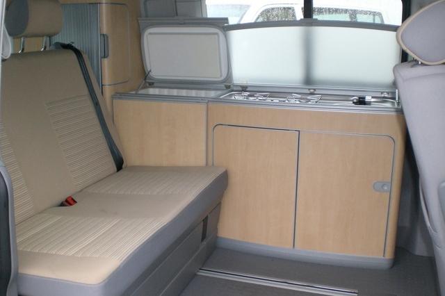 Mercedes Viano Marco Polo VS Volkswagen T5 California !!! Meuble10