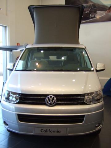 Mercedes Viano Marco Polo VS Volkswagen T5 California !!! Tn58rq10