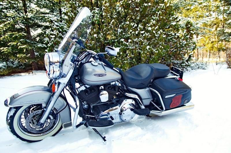 Road King uniquement, combien sur Passion-Harley  - Page 2 Dsc_4611